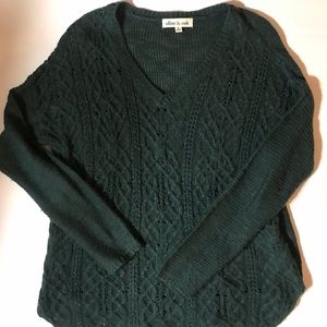 OLIVE & OAK Size Medium Green Cable-knit Sweater